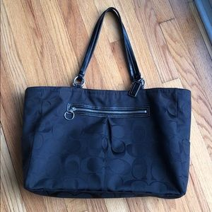 Large coach purse (tote)